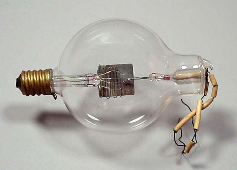 李·德·弗雷斯的三极管(1906)