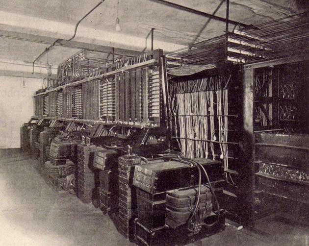 电传簧风琴MkII的开关面板和声音电路