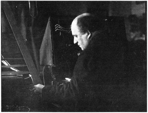 约格尔(乔治·亚当)艾希施泰特·马杰尔,1880.11.6生于巴伐利亚(Bavaria)阿沙芬堡(Aschaffenburg),1939年去世于阿沙芬堡
