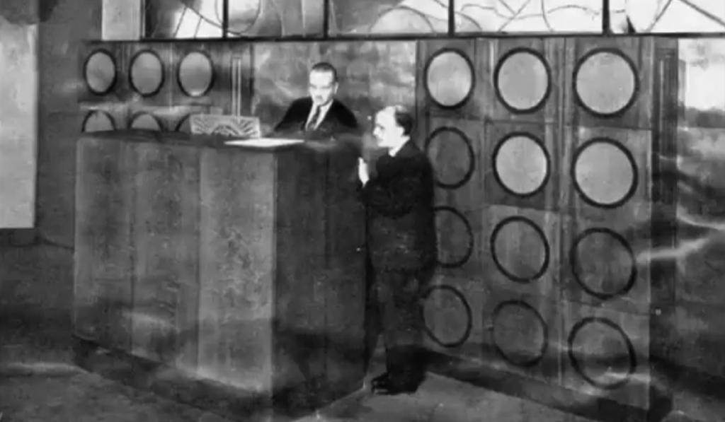 安装在维勒蒙布勒教堂的电波风琴,法国巴黎,1928