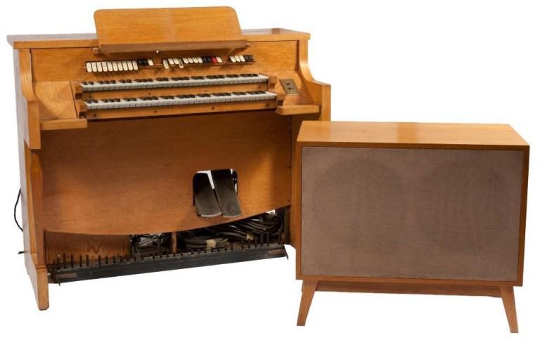 1937年版的波形风琴。图:国家音乐中心© 2016 National Music Centre, Calgary.AB