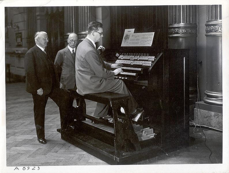 威尔特光电风琴(1936)