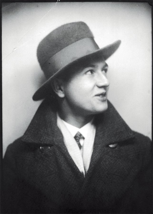 哈拉尔德·博德,1909.10.19,德国汉堡~1987.1.15美国纽约