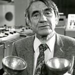 皮埃尔·舍费尔在巴黎GRM工作室