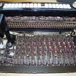全奏琴的内部电路及电子管