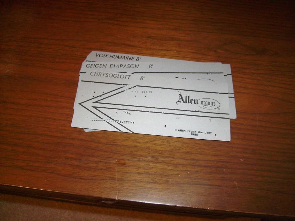 艾伦风琴的音色数据穿孔卡片