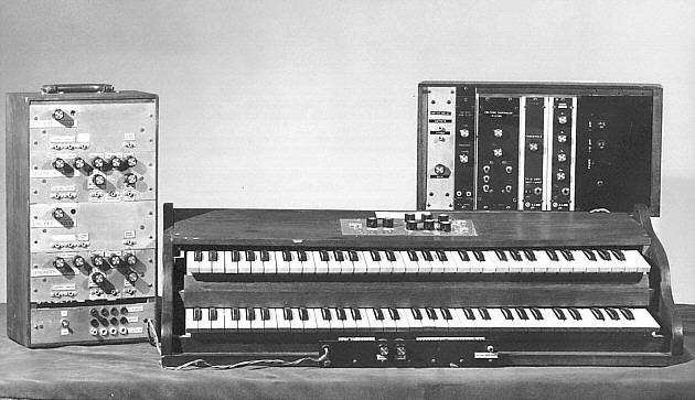 早期型号慕格合成器,1964年