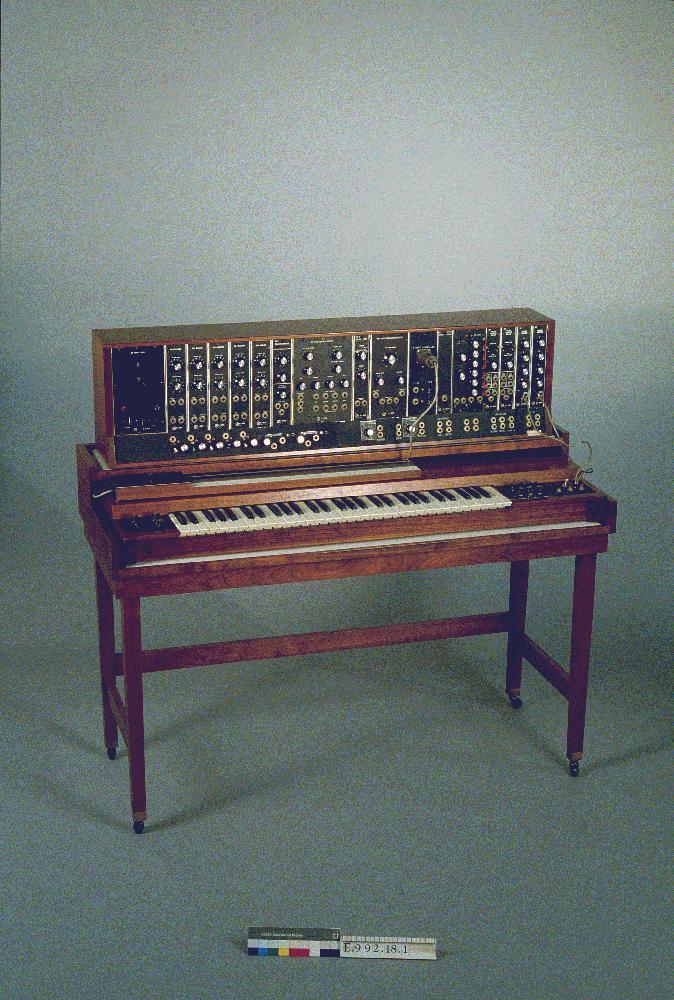 早期型号的慕格模块合成器,1964年,馆藏互动音乐博物馆(比利时根特)