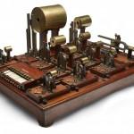 马克思·科尔公司生产的亥姆霍兹合成器