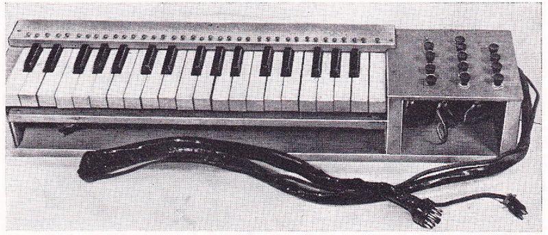 理查德·H·多尔夫闸流管琴的键盘