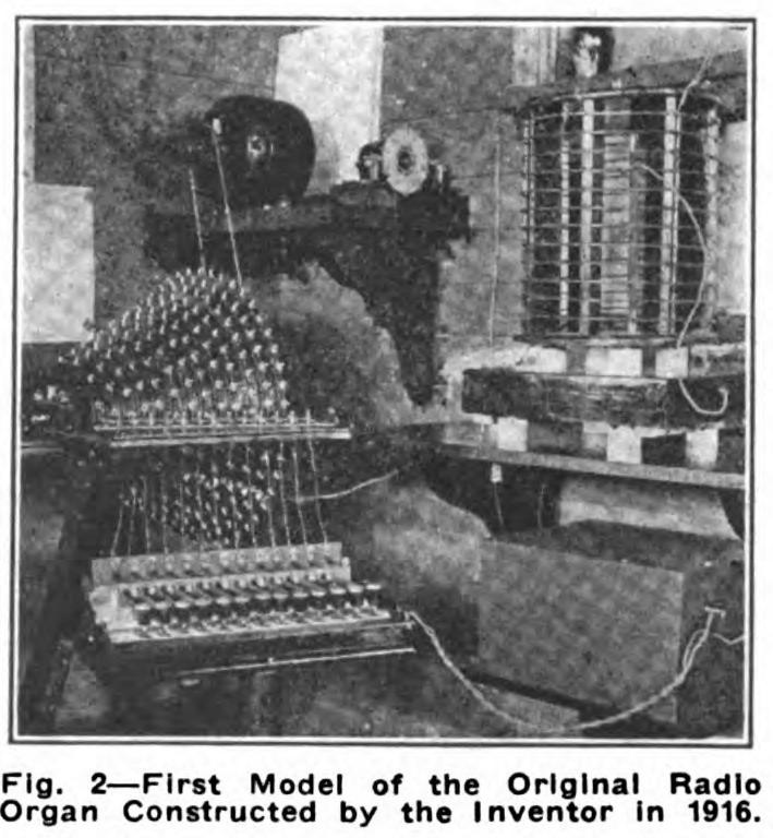 无线风琴的早期原型机,具有一个八度