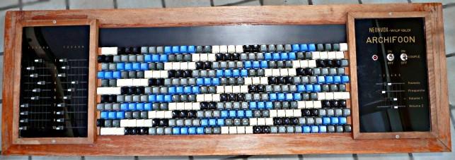 阿尔基琴的333个琴键