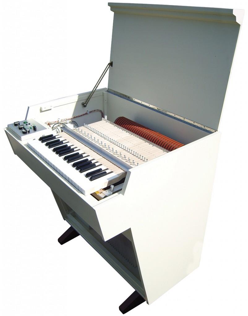 2007年生产的新型美乐特朗琴——M4000